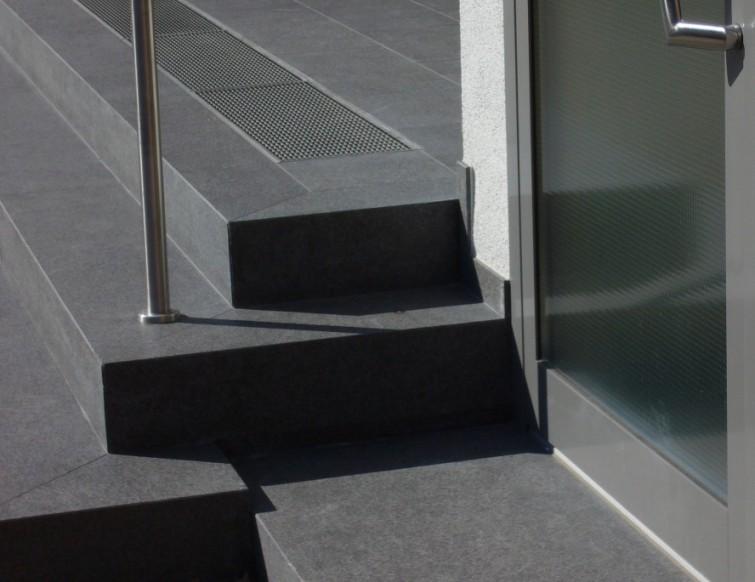 Hervorragend Treppe_aussen_grau_755x582.jpg HD13